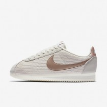 Nike classic cortez leather lux para mujer hueso claro/vela/bronce rojo metálico/bronce rojo metálico_268